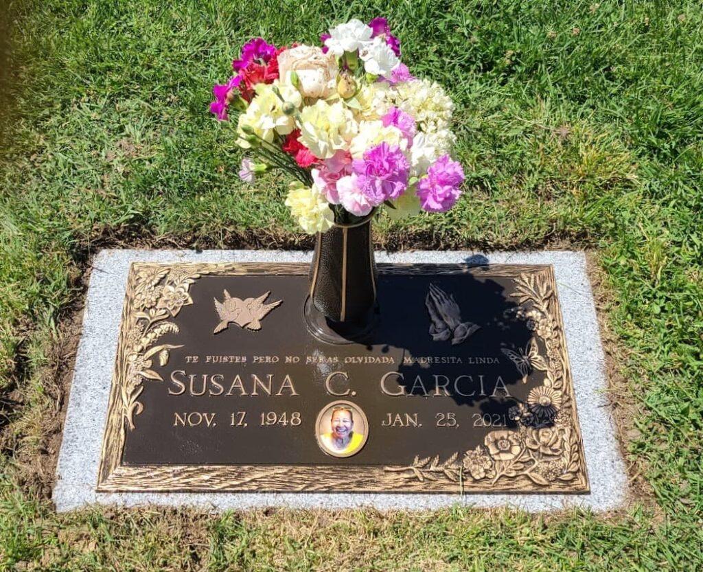 Customized bronze headstone